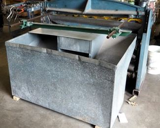 Roper Whitney Co, Foot Squaring Shear Pexto #152, Customized With Hydraulic Motor Includes Scrap Metal Bin