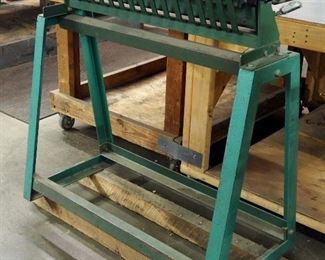 Tin Knocker Cleat Bender Model #30, 20 Gauge Capacity