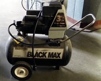 Sanborn Black Max 3.5 Horse Power Electric Air Compressor, 11 Gallons