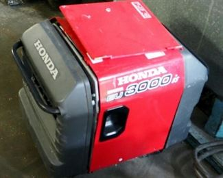 Honda Inverter Model #EU3000is, Gas Powered