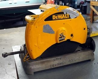 """De Walt 14"""" Chop Saw Model #D28715"""
