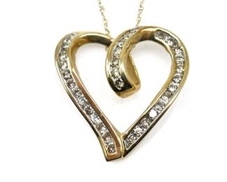10K GOLD & DIAMOND FLOATING HEART PENDANT NECKLACE