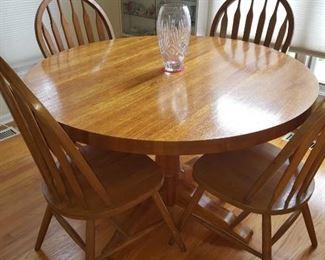 $200  Round oak table