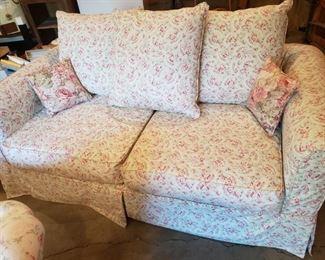 Shabby Chic lovely Sleeper Sofa...very nice