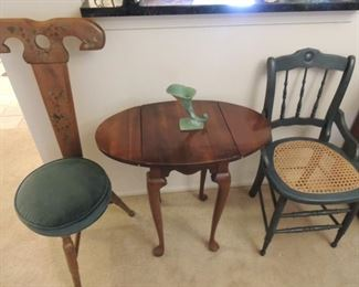 vintage chairs, Harden drop leaf table