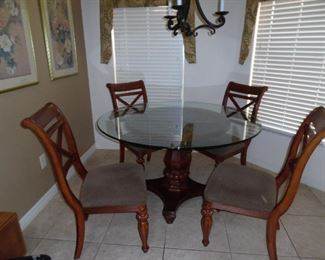 Wood Pedestal Table, Round Glass Top, 4 Chairs