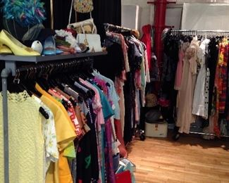 vintage clothing and accessories
