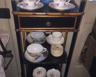 English and Japanese tea cups