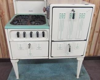 Cream & Green Gas Cook Stove