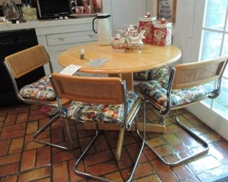 Casual Table and Chairs