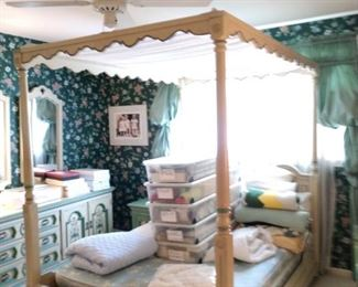4 Poster bed with canopy matches bedroom pieces full size bed