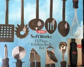 AHH006 Soft Works 11 Piece Kitchen Tool Set