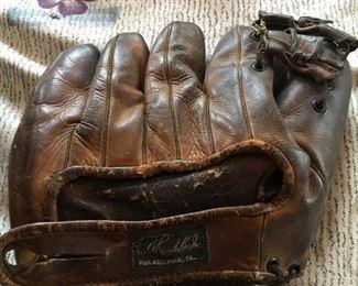 George A. Reach Co., Inc. Professional Model Baseball Glove Split-Finger