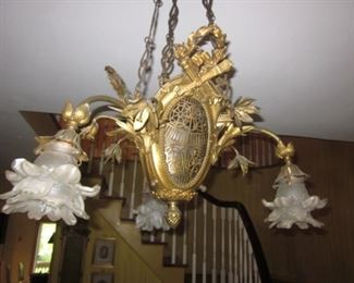 Stunning Chandeliers To Choose From