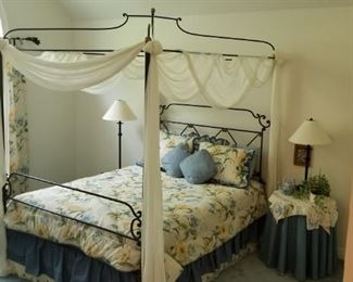 Queen size Wrought Iron Canopy Bed