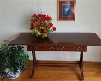 Hekman Yew Wood Table