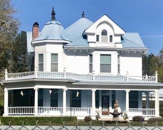 Beautiful Victorian home built in 1907 on 35 beautiful acres.