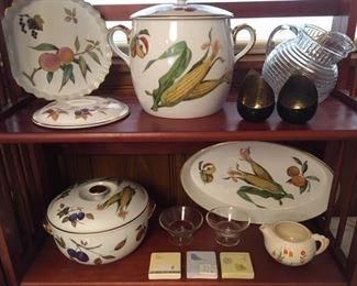 Covered casseroles and servers in various sizes of the fruit-vegetable design with gold trim by Royal Worcester of Evesham, England