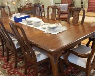 Exquisite Pennsylvania House Formal Dining Table with Eight Chairs
