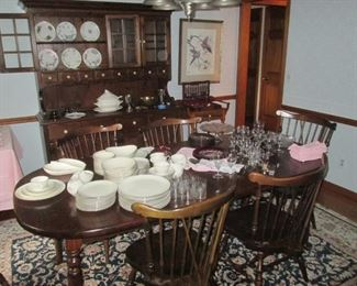 Ethan Allen Table chairs & Hutch