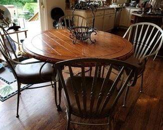 Kitchen table w/ 4 chairs,