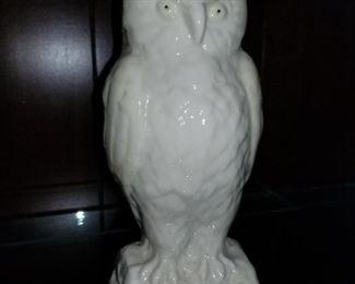 Balleek Owl Vase