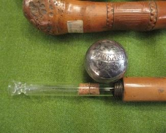 Flask cane