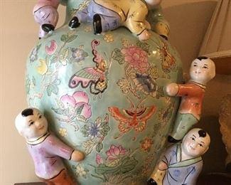 Happy family Asian jar