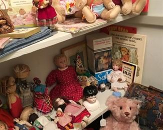 Some of the Steiff bears available and vintage dolls