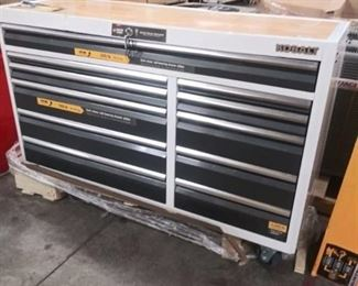 Kobalt Tool Chest Series 3000 65.5 W 20 In. D 41 In. H