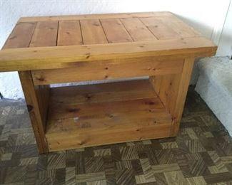 Rustic Pine End/Side table https://ctbids.com/#!/description/share/160169