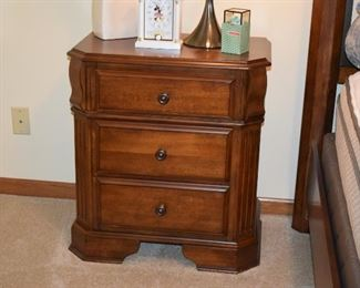 Side Table w/Drawers, Home Decor, Lamp