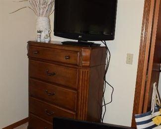 Dresser, Flat Screen TVs, Home Decor