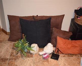 Floor Pillows, Home Decor