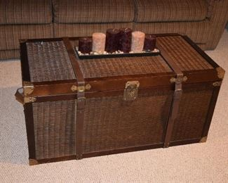 Coffee Table Chest, Candles