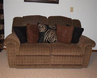 Sofa, Pillows