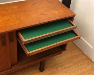 Drylund mid century MCM credenza sideboard in rosewood and teak