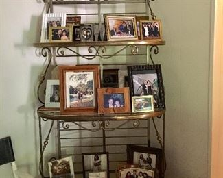 Vintage brass baker's rack (three glass shelves)