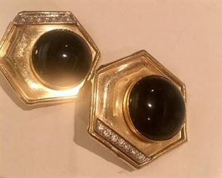 14kt, onyx and diamonds