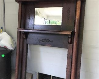 Fireplace mantle (ornate w/beveled mirror)