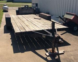 Flatbed bumper pull trailer