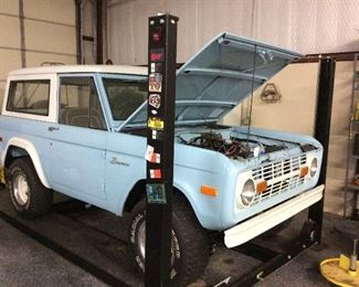 1974 Ford bronco. Restored