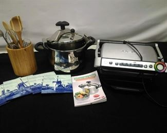 T-Fal Grill and Pressure Cooker https://ctbids.com/#!/description/share/161888