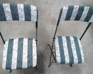 2 Sturdy Metal Folding Chairs and Small Spotlight https://ctbids.com/#!/description/share/163737
