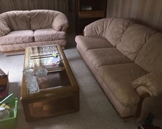 Family room sofa/loveseat, coffee & end table