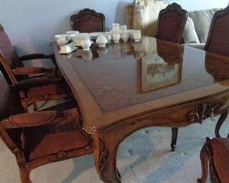 dining table w/6 chairs, pad & leaves