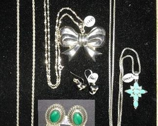 Assorted sterling silver jewelry. (NOT SCRAP.)