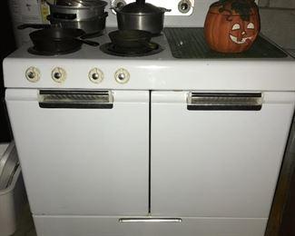Vintage stove--still works.