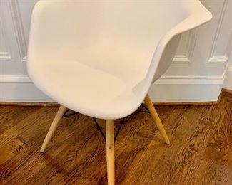 Herman Miller style arm chair