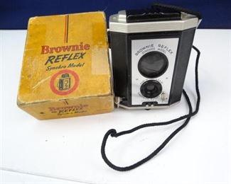 Vintage Brownie Reflex Camera in Box